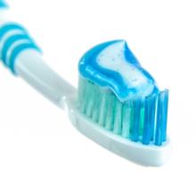 tandenborstel zit vol met bacterien